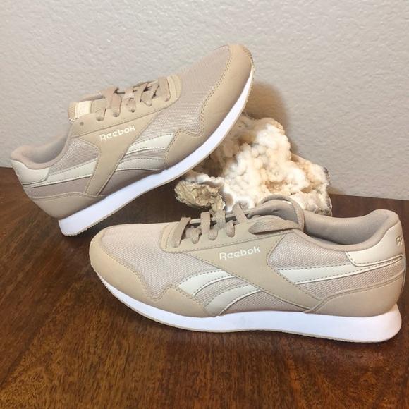 Reebok Shoes   New Classic Tan Women